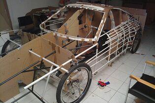 Fahrrad-Porsche-Ferdinand-GT3-RS-geruest-jpg--bigMobileWideOdc-68e6372a-1523349.jpg
